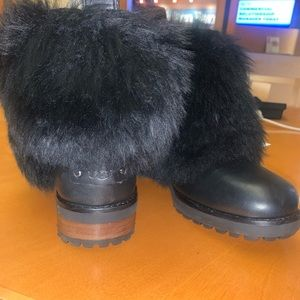 Ugh boots - Otelia